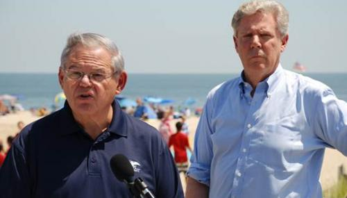 Menendez, Pallone Announce Bill to Protect Water Quality, Public Health at Jersey Shore Beaches feature image